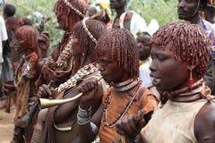 Mulher do tribo de hamar (composição ritual) - Etiópia do casamento, África 23 12 2009 Imagens de Stock