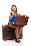 Mulher do viajante que aplica a composição foto de stock