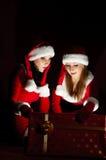 Mulher dois no traje de Santa Foto de Stock