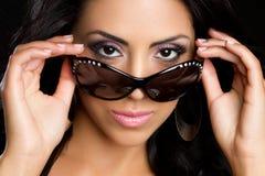 Mulher dos óculos de sol imagem de stock
