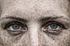 Mulher dos olhos verdes Fotografia de Stock