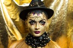 Mulher dourada fotografia de stock royalty free