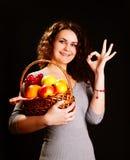 Mulher e frutas. fotos de stock royalty free