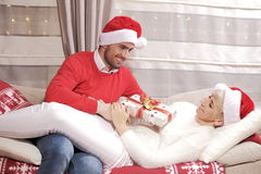 Mulher e homem no Natal Imagem de Stock
