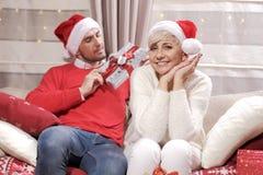 Mulher e homem no Natal Imagens de Stock Royalty Free