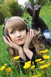 Mulher e música Imagens de Stock Royalty Free