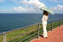 Mulher e oceano Foto de Stock