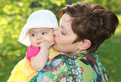 Mulher e seu bebê Fotografia de Stock Royalty Free