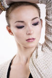 Mulher elegante bonita com olhos da entrada de ar Foto de Stock