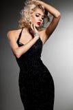 Mulher elegante elegante Imagens de Stock Royalty Free