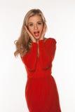Mulher em gritar vermelho Fotografia de Stock