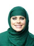 Mulher em um cabo de linho verde Imagem de Stock Royalty Free