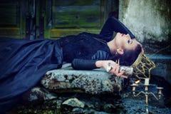 Mulher em um vestido Imagem de Stock Royalty Free