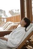 Mulher em uma sauna imagens de stock royalty free