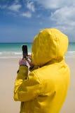 Mulher encalhada na ilha do paraíso imagens de stock royalty free