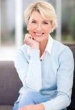Mulher envelhecida meio Fotos de Stock