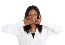 Mulher envelhecida meio que cobre a boca fechado Fotos de Stock Royalty Free