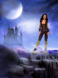 Mulher estrangeira do mundo do castelo escuro Fotografia de Stock Royalty Free