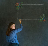 Mulher, estudante ou professor com o menu do azevinho do Natal do desenho da escrita para fazer a lista de verificação Imagens de Stock Royalty Free