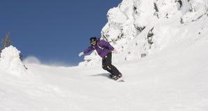Mulher extrema da snowboarding Imagens de Stock Royalty Free