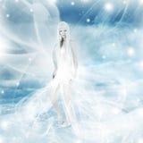 Mulher feericamente no fundo do inverno da neve Fotos de Stock Royalty Free