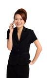Mulher feliz com móbil Fotografia de Stock