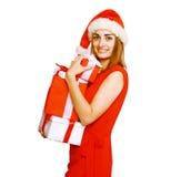 Mulher feliz com muitos presentes Imagem de Stock Royalty Free