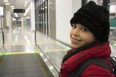 Mulher feliz do viajante Fotografia de Stock