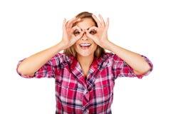Mulher feliz nova que faz vidros com palma imagens de stock royalty free