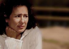 Mulher forçada com preocupação Fotografia de Stock