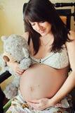 Mulher gravida bonita fotografia de stock