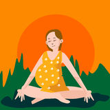 Mulher gravida que faz a ioga Foto de Stock