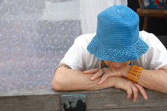 Mulher idosa triste Foto de Stock