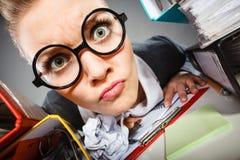 Mulher insana do escritório no trabalho Imagem de Stock Royalty Free