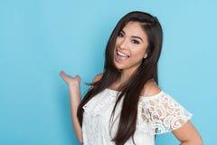 Mulher latino-americano feliz foto de stock
