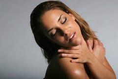 Mulher latino-americano nova bonita foto de stock royalty free
