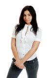 Mulher latino-americano nova com as mãos cruzadas foto de stock