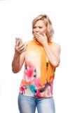 Mulher loura com smartphone Fotografia de Stock Royalty Free