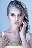 Mulher loura nova bonita imagens de stock royalty free