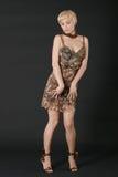Mulher loura nova bonita e tímida. Imagem de Stock Royalty Free