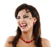 Mulher má o Dia das Bruxas bonito do vampiro sobre o branco Imagens de Stock Royalty Free