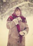 Mulher madura com lenço Imagem de Stock Royalty Free