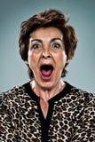 Shouting maduro da mulher Imagens de Stock Royalty Free