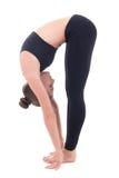 Mulher magro bonita que faz a ioga ou a ginástica aeróbica isolada no branco Imagem de Stock