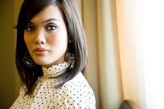 Mulher moderna asiática do malay foto de stock