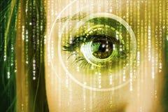 Mulher moderna do cyber com olho da matriz fotos de stock royalty free