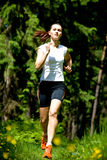Mulher movimentando-se Foto de Stock Royalty Free