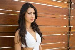 Jovem mulher bonita Imagens de Stock Royalty Free