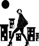 Mulher na cidade escura fotografia de stock royalty free