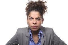 Mulher na frente de um fundo branco que faz expressões fotos de stock royalty free